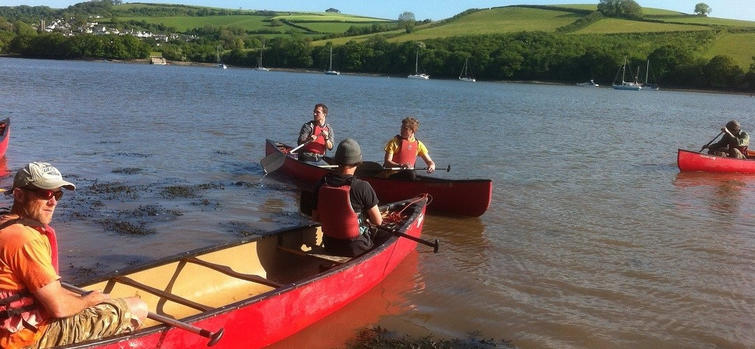 Day Adventure Exeter  Exeter Canal Canoe and Pub lunch