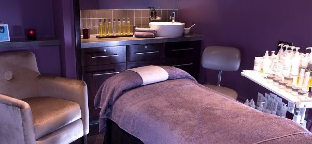 4* Spa Weekend Spa Day with 2 Treatments & Lunch at Village Hotels